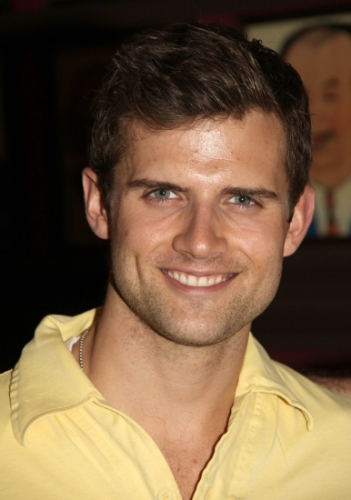 Kyle Dean Massey returns to Wicked Broadway company in the role of Fiyero