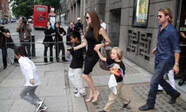Brad and Angelina with Kids coming out at Apollo Victoria Theatre