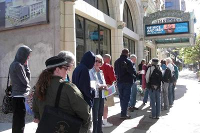 Lonq Que for Wicked Salt Lake City, Utah Tour Tickets