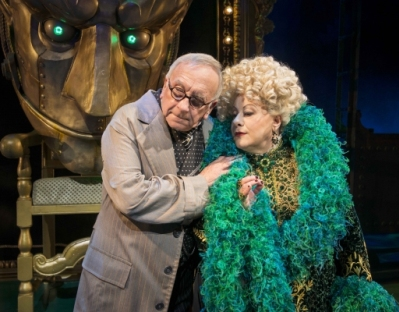 Sam Kelly as The Wizard and Sue Kelvin as Madame Morrible