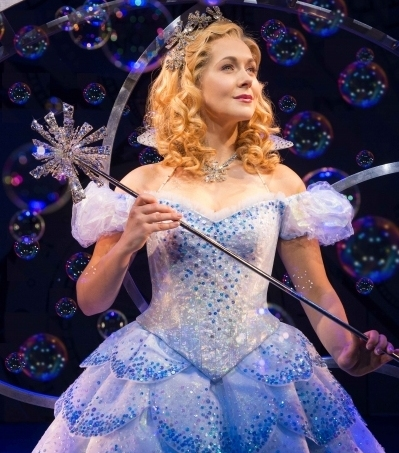 Savannah Stevenson as Glinda